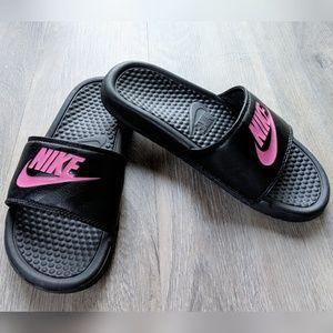 Nike | black pink sandals | 6